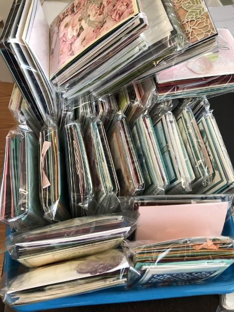 How can you get free cards while shopping with Frenchie during Labor Day Weekend. All card are suing Stampin'Up! product. Detail at frenchiestamps.